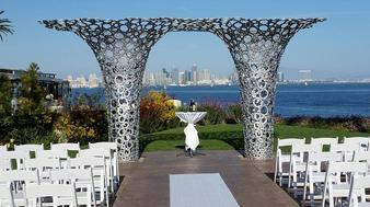With SDDW's exceptional wedding packages under $15,000, you can have the beautiful and affordable San Diego wedding you've always dreamed of!