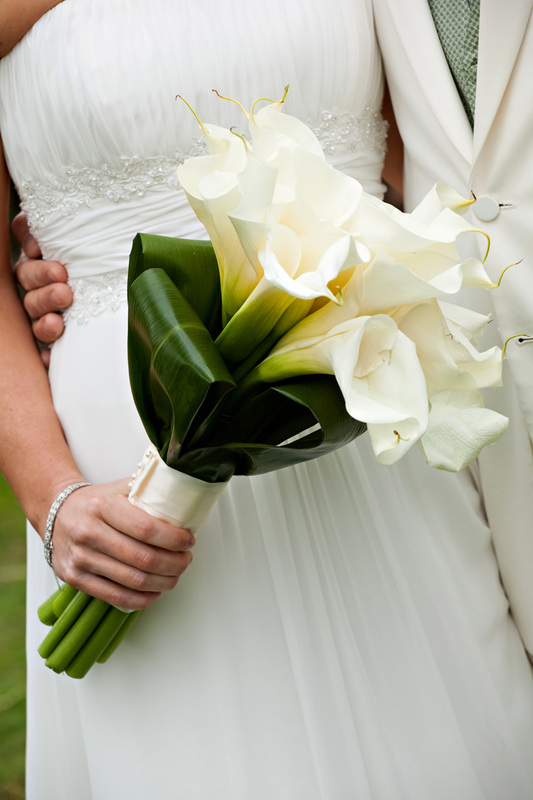 See the beautiful wedding flowers San Diego Destination Weddings has provided its couples with!