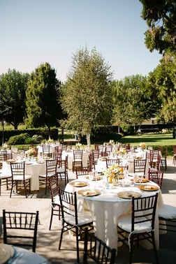 When looking for wedding venues in California, don't bypass these beautiful ranches, which make excellent backdrops for the wedding of your dreams.